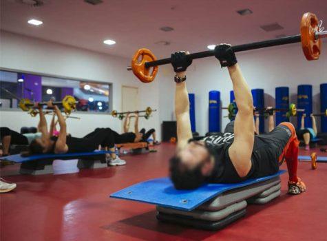 practica power en gimansio corporea